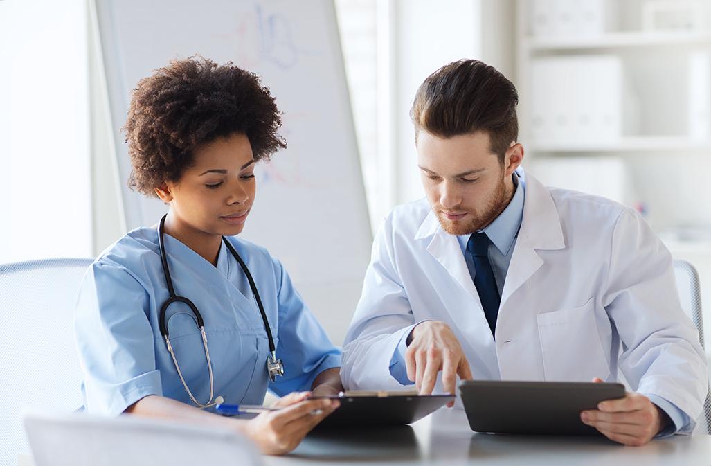 [INFOGRAPHIE] Découvrez 6 logiciels pour mieux gérer votre établissement médico-social